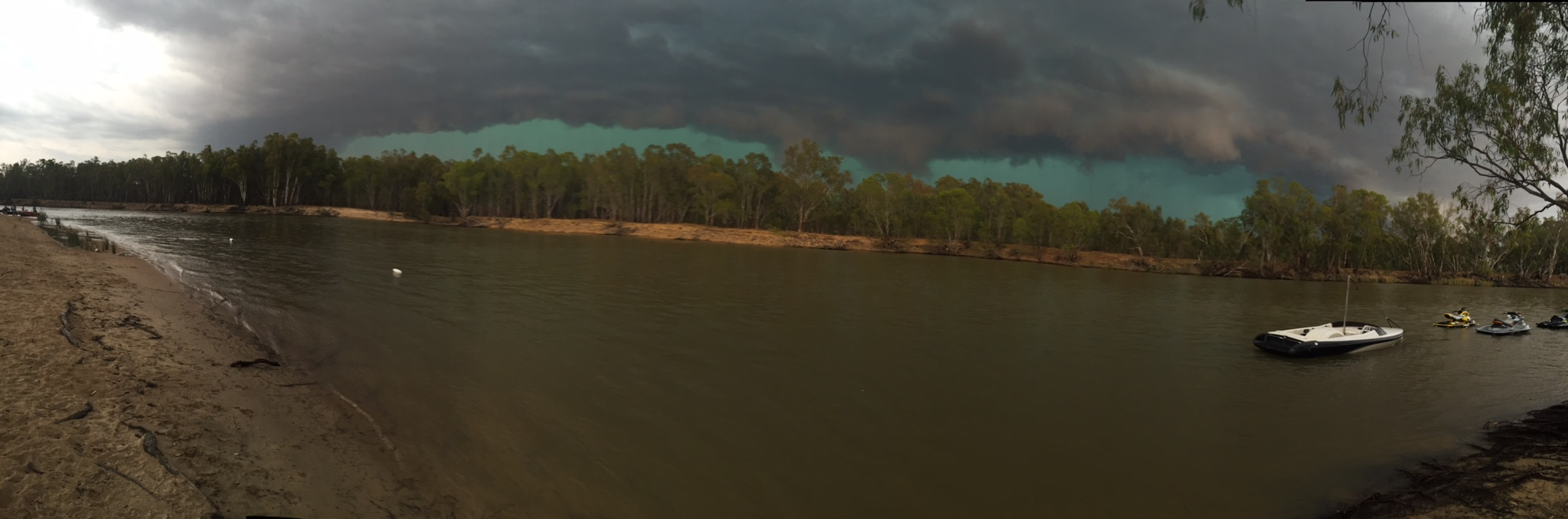 The-Storm-over-the-river